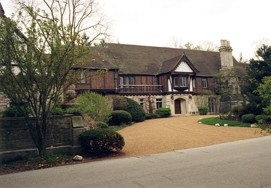 The trim on a tudor home should be much darker than the body which has contrasting shades of ivory or tan.